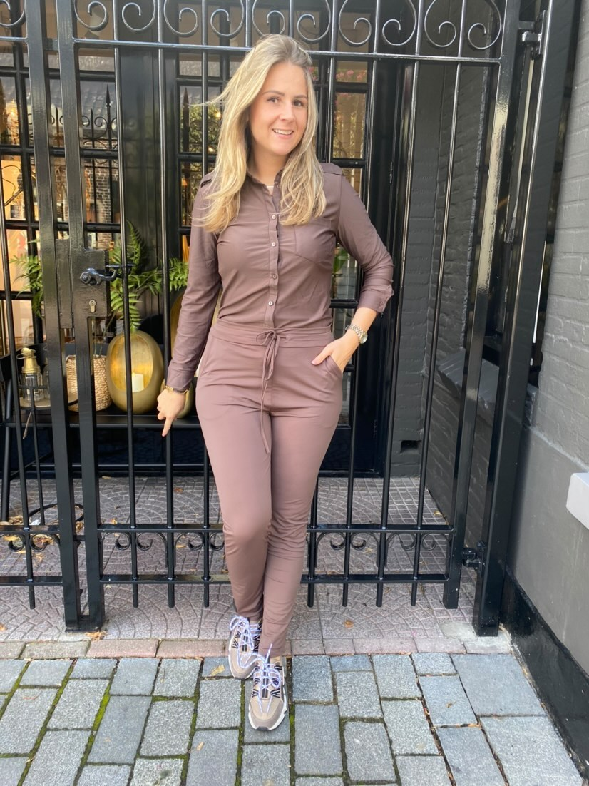blouse loes 2